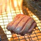 厚切り牛タン焼き