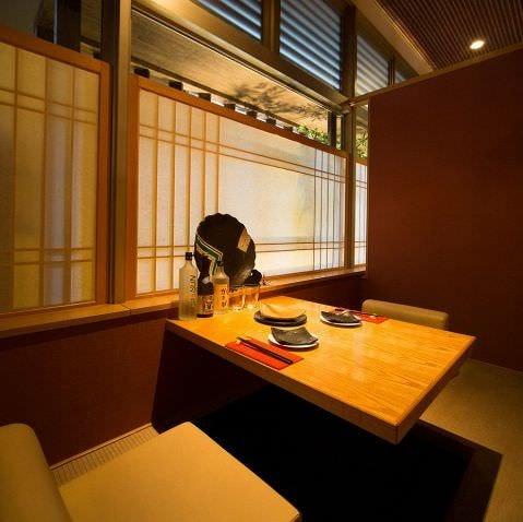 ご接待や商談に利用しやすい大人の個室をご用意しております。