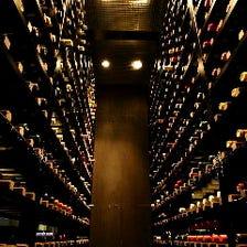 ソムリエ厳選ワインの数々