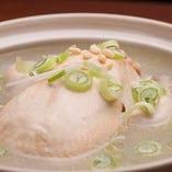 本格韓国料理「参鶏湯」