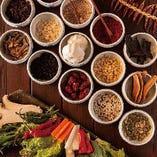 韓国伝統飲食研究所で学んだ薬膳の知識も生かして