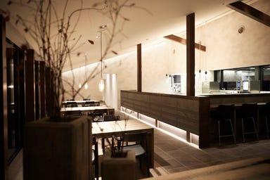 Cuisine regionale L'evo キュイジーヌ・レジョナル・レヴォ 店内の画像