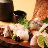 【造り】 1日2回仕入れるこだわりの瀬戸内活魚を存分に味わえる