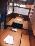個室風のお席はプライベートなシーンにぴったり