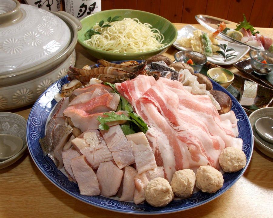 【宴会×飲み会】具材の旨味がたっぷり染み出した「ちゃんこ鍋コース」(全6品)《90分飲み放題付》5,500円