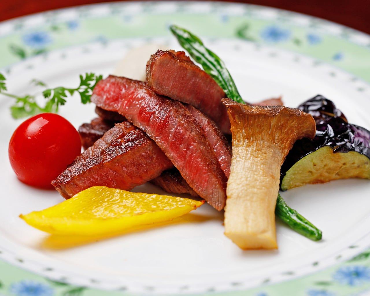 【宴会×飲み会】季節の食材と鮮魚を楽しめる、おまかせコース「おまかせ料理5,500円」《全10品》
