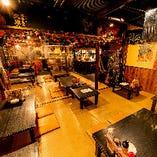 沖縄の雰囲気あふれる店内をまるごと貸切。最大60名様まで対応