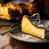 【濃厚】 フレンチ出身シェフが作るバスク風チーズケーキ