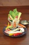 インスタ映え必死!彩り野菜のバーニャカウダ