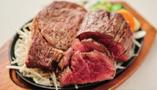お肉とワインの相性も抜群です。