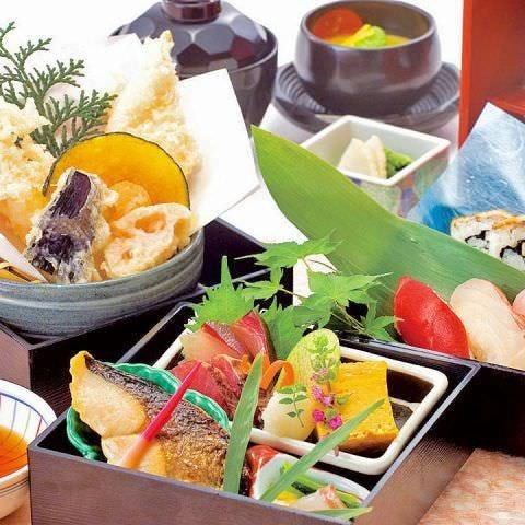 昼宴会にぴったり★彩り豊かな御膳やお重をご用意