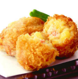 北海道産じゃが芋の手作りカニクリームコロッケ