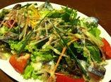 秋刀魚のマリネのサラダ