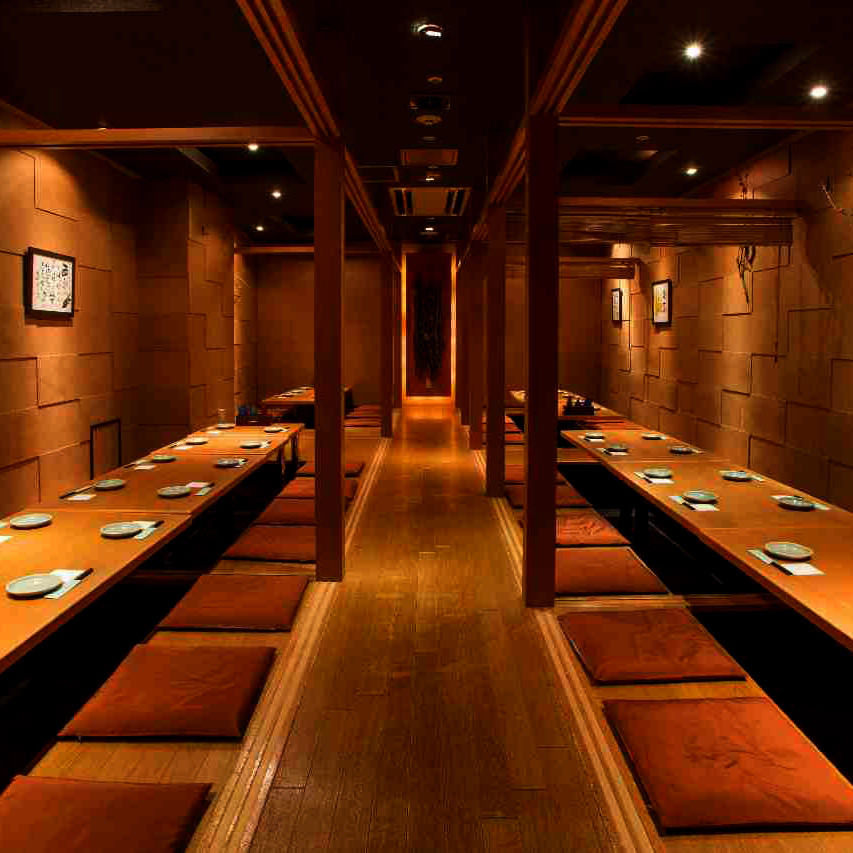 テーブル席・完全個室(壁・扉あり)・20名様~80名様