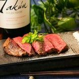 4,000円(税抜)以上のコースでは、地元のブランド牛「あいち牛」のステーキをお楽しみいただけます