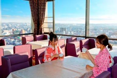 箕面観光ホテル バイキングレストラン  店内の画像