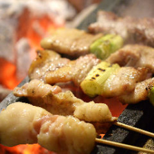 毎日串打ち!特製塩で焼き上げる牛串