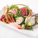 旬の魚介を使用した海鮮和食料理。産地直送ですので鮮度も抜群!