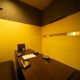 2~6名様ソファ個室は、カップルやご家族でのお食事におすすめ