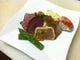 ディナーコースの前菜です。 野菜もお肉もしっかり味わえます。