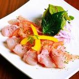 直送鮮魚を使ったカルパッチョ