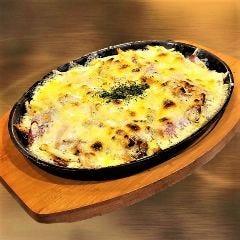じゃがチーズベーコン鉄板焼き