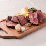 低温調理のステーキは柔らかくて美味しいです!