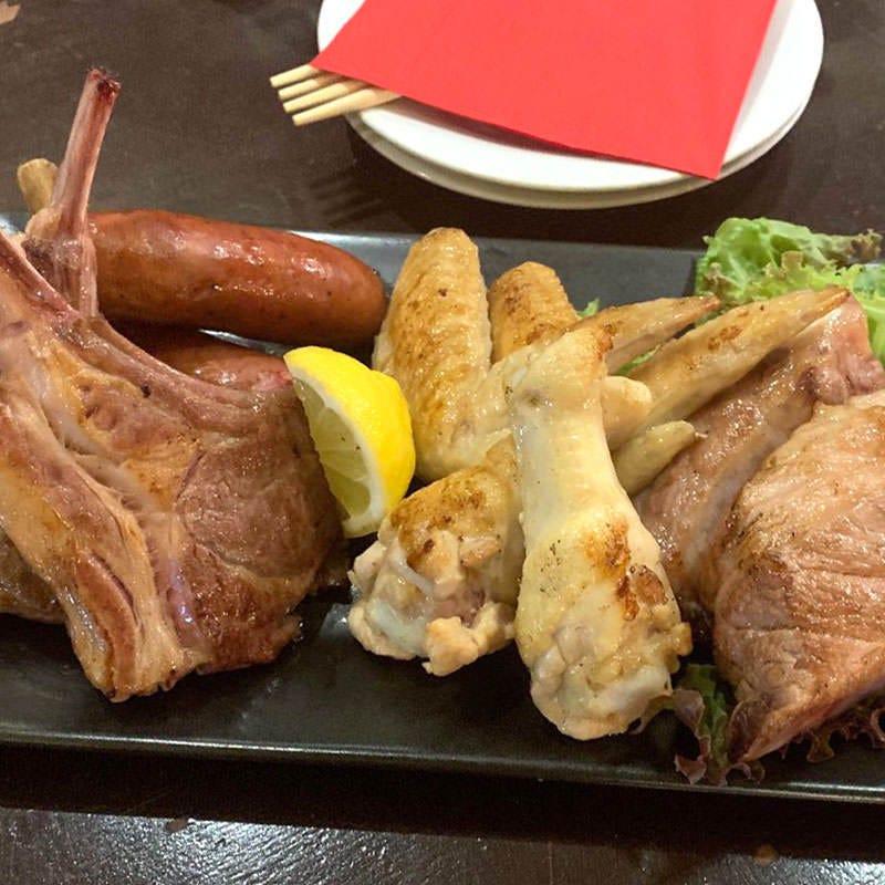肉本来の美味しさを味わえる 新メニュー「スペアリブ」