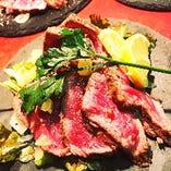 US産 牛タンのステーキ