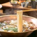 【おだしが決め手】 おだしで煮込むおうどんのお鍋は絶品です