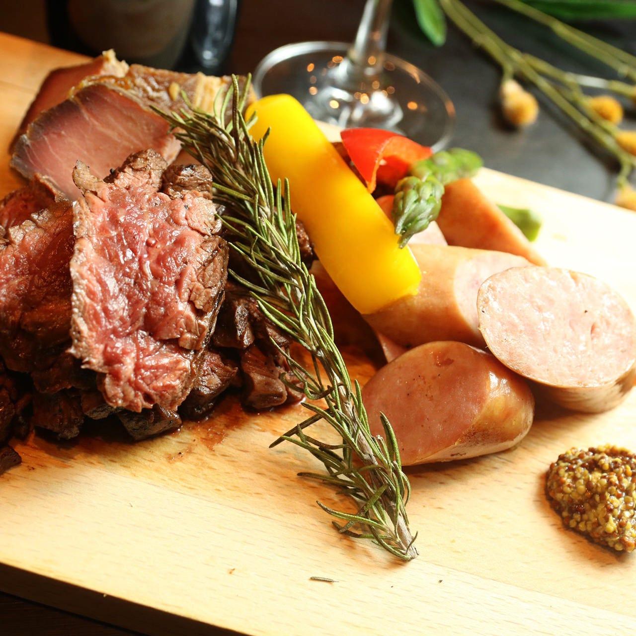 美味しくて手頃な肉料理が多彩