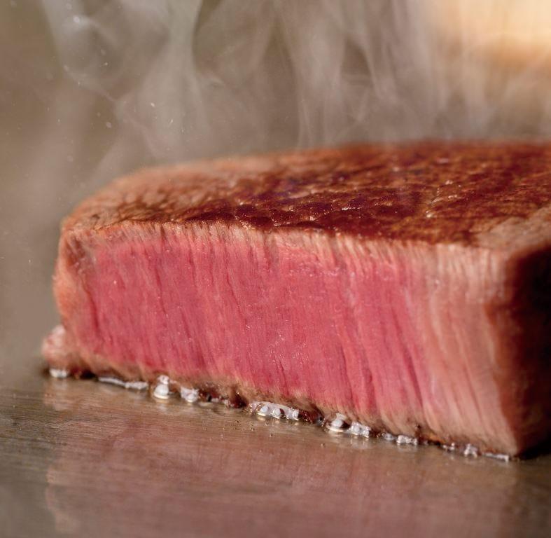 特選銘柄牛ステーキ