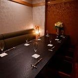記念日・ご宴会に最適な落ち着いたテーブル席個室(7~16名様)