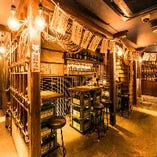 漁師小屋をイメージした活気ある店内で、自慢のまぐろをご堪能!