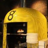 店内にはこだわりのピザ窯も!美味しいピッツァを焼き上げます☆