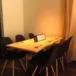 【テーブル席】3名様以上、ご宴会にお勧め。奥のスペースになります。