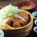 芳寿豚のとんかつ定食