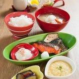 3種の焼魚小鉢お盆