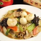 お食事メニューで人気の麺類も数多くラインナップ
