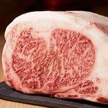鮮度の高い上質なお肉を厳選して仕入れております