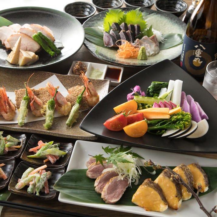 各種会合の希望や用途に合わせ、コース料理や品数をご用意します