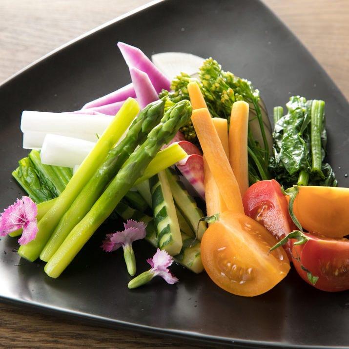 素材の旨味をシンプルかつダイレクトに味わえる贅沢な一皿