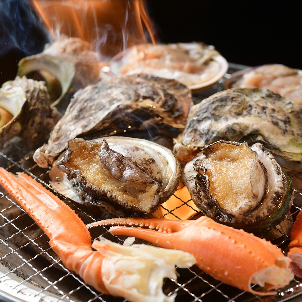 ビアホールで熱々の海鮮BBQを堪能!