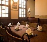 【2F】テーブル席半個室(4~6名様)