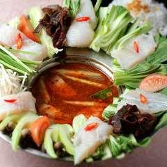 ベトナム鍋【ラウ・カー・チュア・カイ】酸っぱくて辛いお魚の鍋
