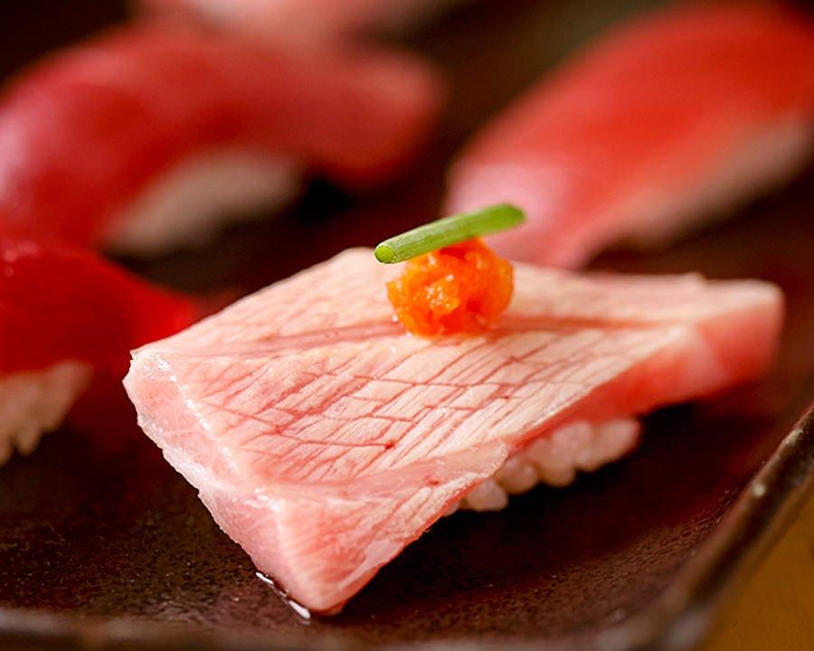 経験豊かな職人が握る本格江戸前寿司