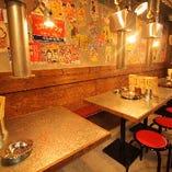 昭和レトロな空間の中で炭火で食べる焼肉は最高ですよ♪