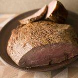 溢れる旨味を存分に味わう 松坂牛など豪華肉食材のメインも