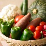 """""""吟農園""""より愛を込めて 自家農園野菜を中心に使用しております"""