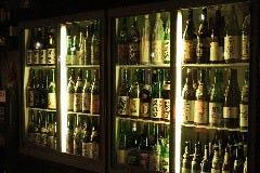 一度は呑みたい銘酒から安くて旨い地酒まで! 三多摩地区最大級の在庫です!!